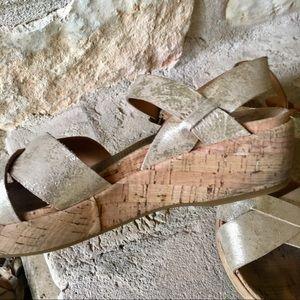 Kork-Ease Shoes - Kork-Ease matte Gold sandals